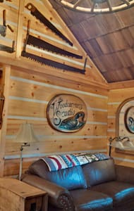 The Woodcarver's Studio Cabin - Huron-Kinloss - Stuga