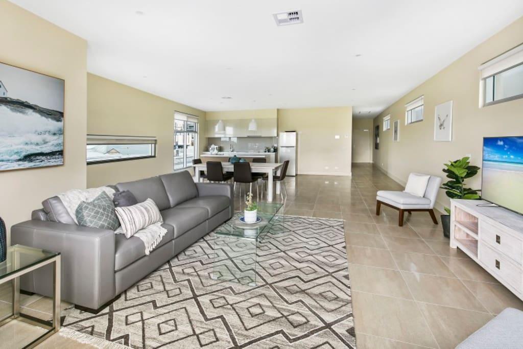 Living area - Salt 18 Luxury Penthouse