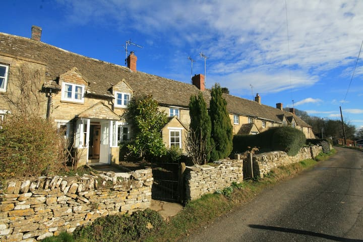 Brooklands Cottage, Chedworth - Chedworth - บ้าน