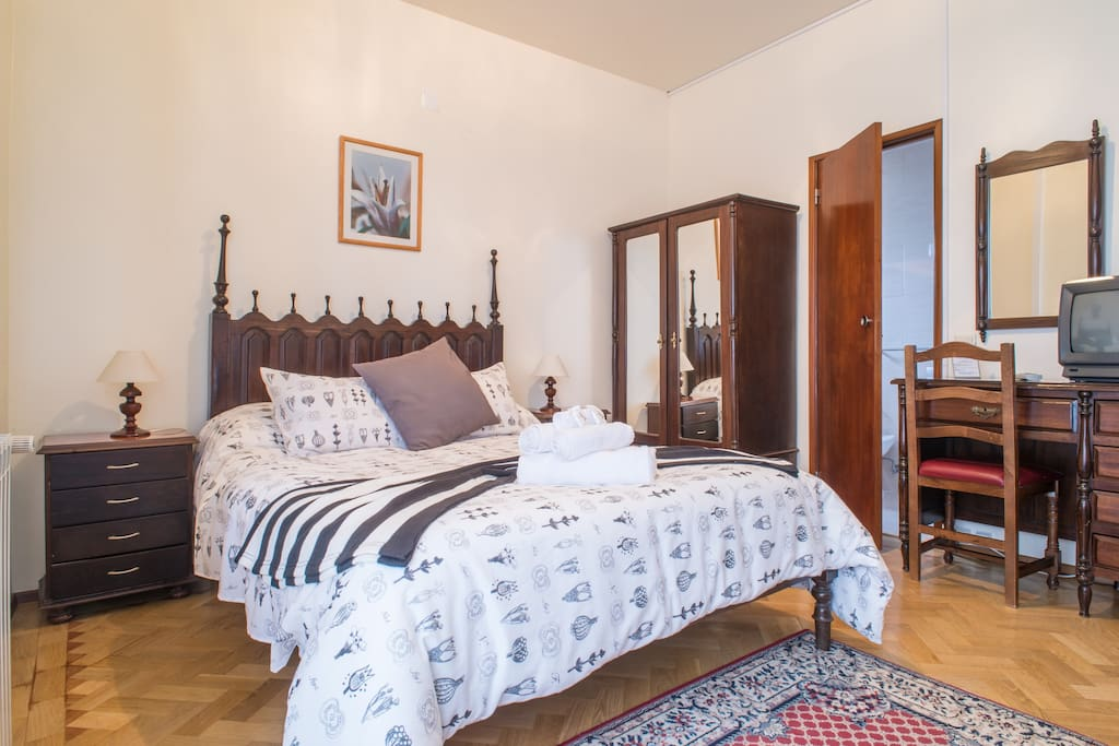 residencia silva near santuary chambres d 39 h tes louer f tima santar m portugal. Black Bedroom Furniture Sets. Home Design Ideas