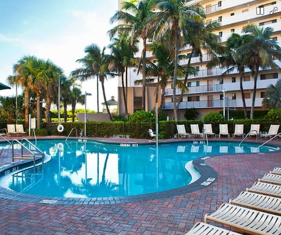 Vistana Beach Club 2 BR Condo at Jensen Beach