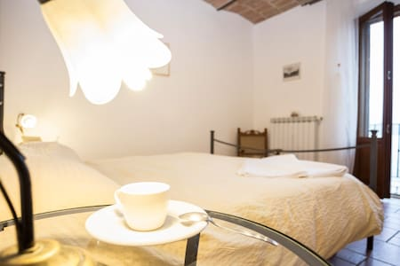 B&B La Folaga - apartment STANDARD - Magione - Bed & Breakfast