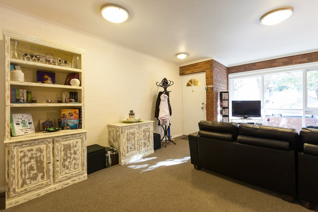 Bed Room House In Hawthorn Rent