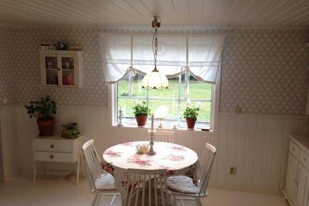 Cozy countryside house - Sundsvall Ö