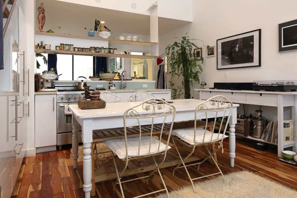 enjoy cooking and eating in  a spacious kitchen