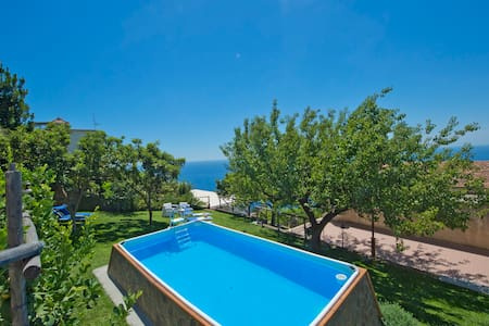 Villa+pool in the centre of Praiano - プライアーノ - 別荘