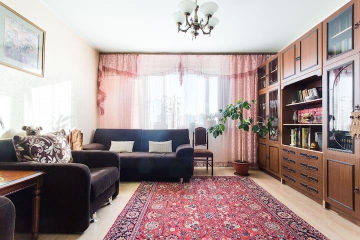F.L.A.T.:Fine Lodge,Amused Tourist  - Moskva - Apartment
