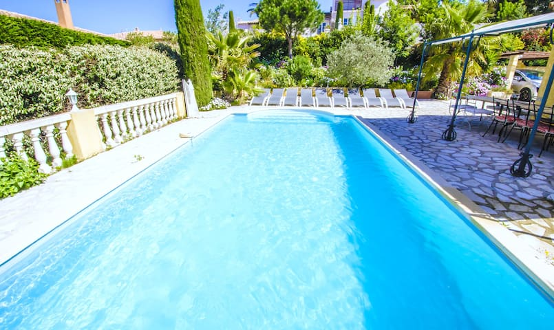 Beautiful villa - Gulf of Saint-Tropez