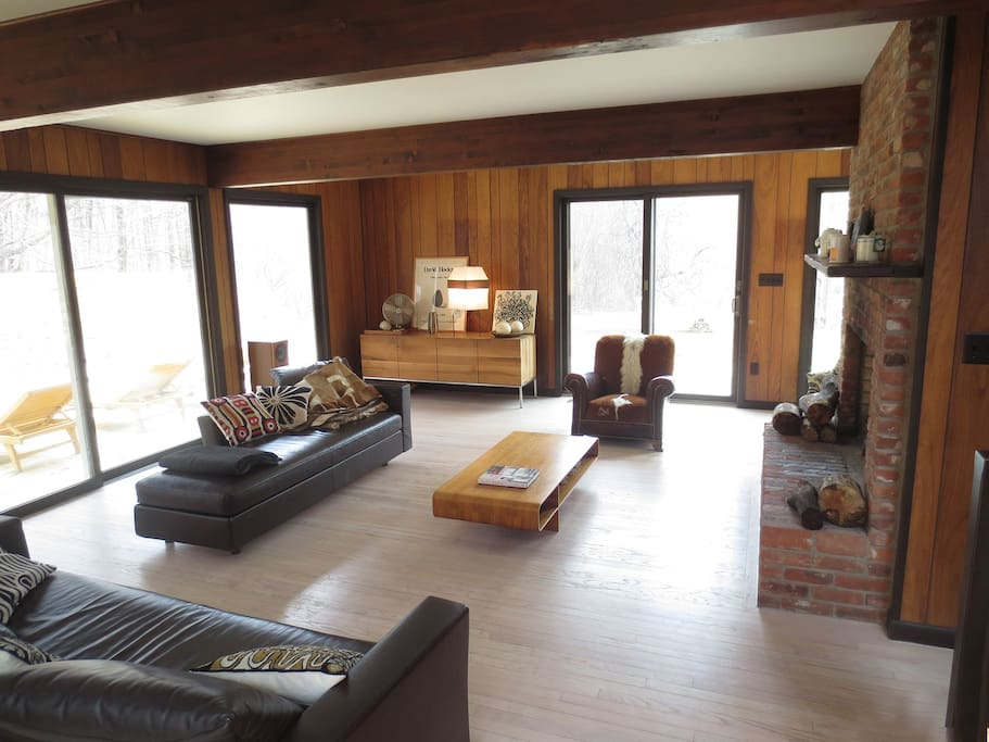Living room (can see the pool deck through the windows)