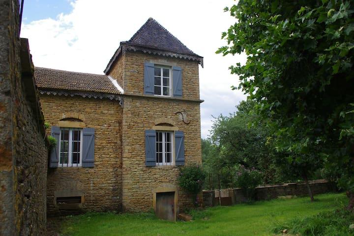 Pavillon de charme en Bourgogne - Massy - Hus