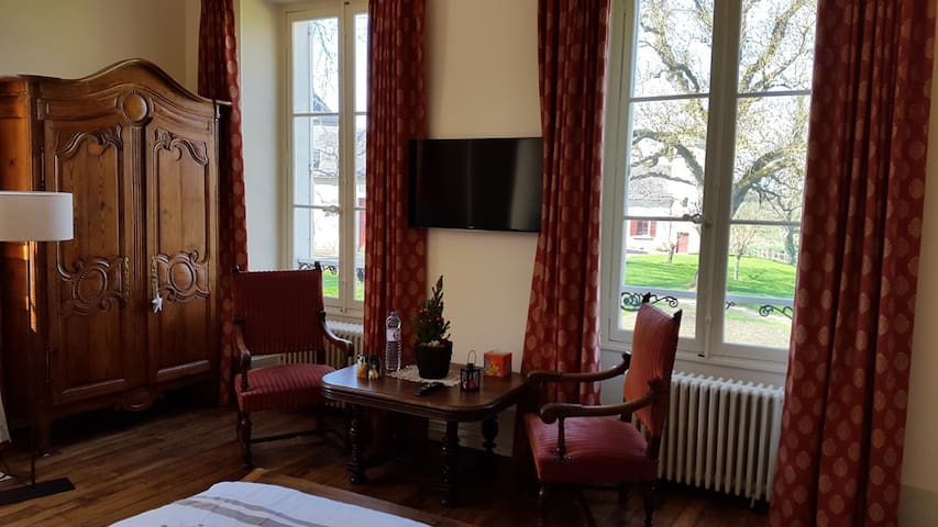 Chambre Hibiscus au château - Vallenay