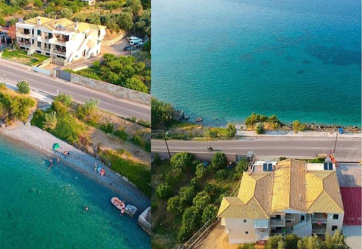 Derveni Seaside Studio