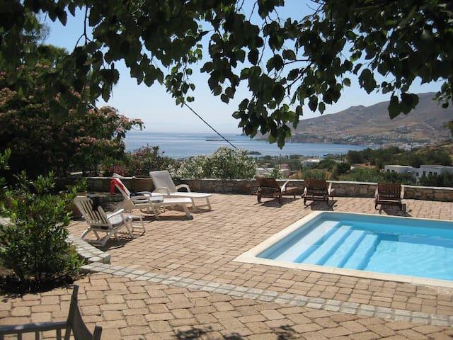 Villa Onyro - Poseidonia - วิลล่า