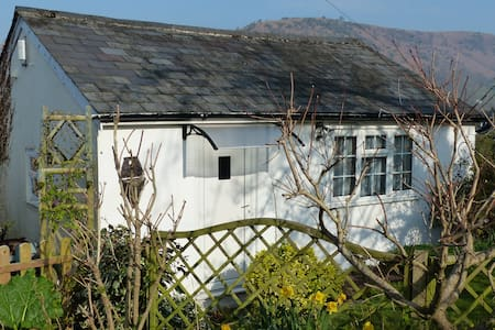 The Studio Bed and Breakfast annex - Cwmdu
