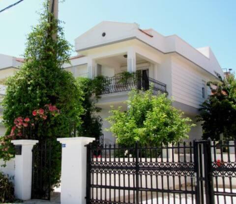 Ciftlik Villa, Ciftlikkoy, Cesme