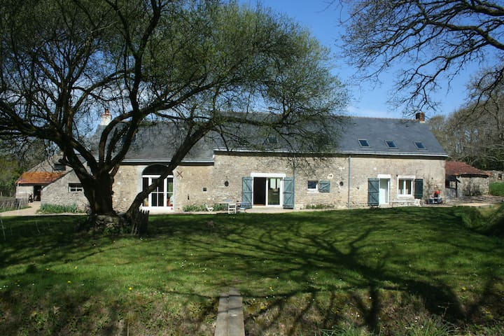 Traditional house fully renovated, countryside - Saint-André-des-Eaux - Casa