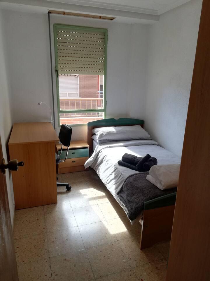 Habitación individual en Moncada