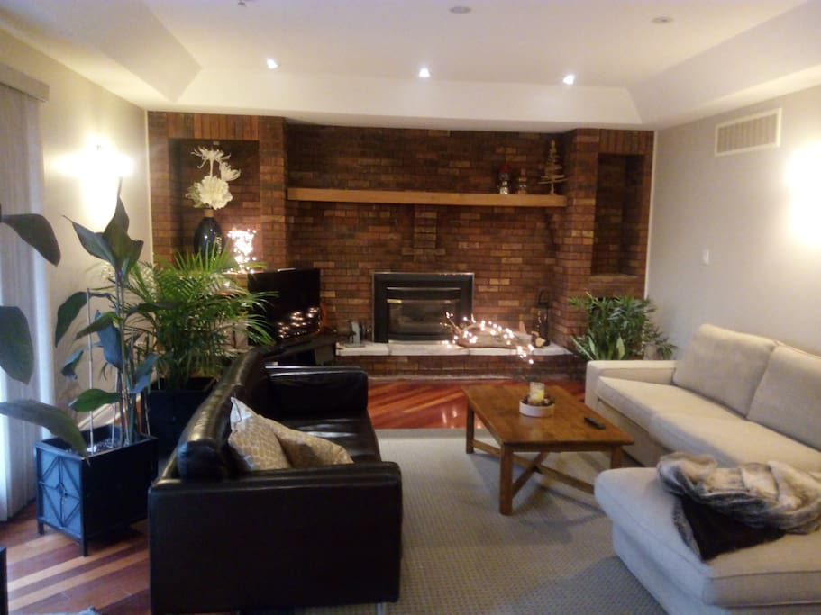 Large family room for relaxing