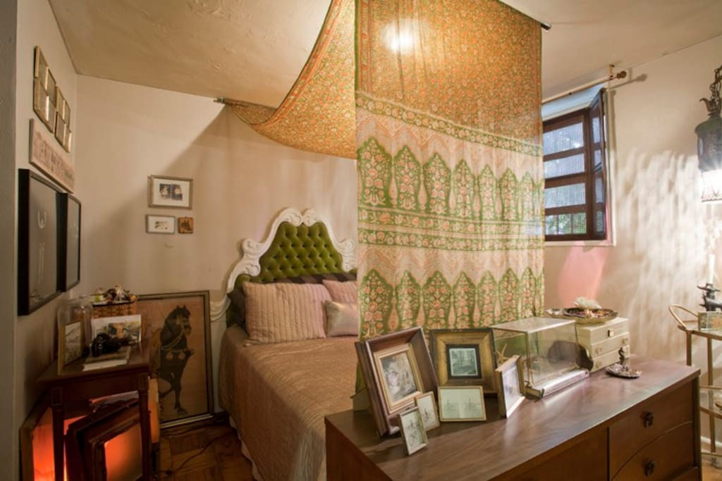 Private Vintage L Shaped Studio Apartments For Rent In Brooklyn New York United States