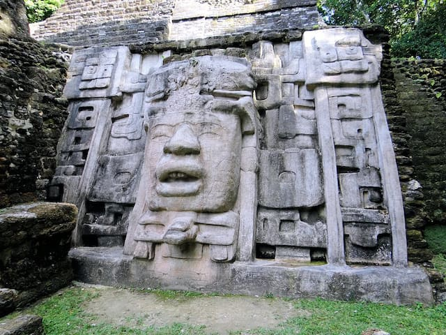 """Lamanai Maya Ruin & Rainforest River Tour. The log cabin is your """" HOME BASE"""" to visit this site."""