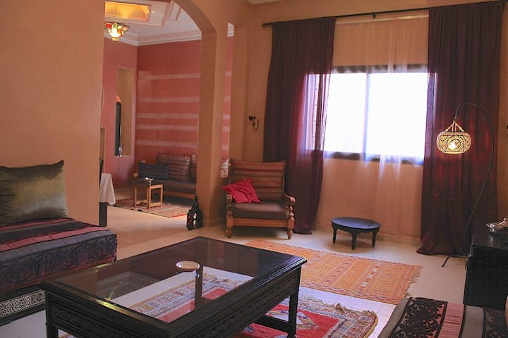 BEST APARTMENT FOR GROUP IN GUELIZ - Marrakech - Leilighet