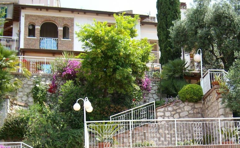 Dream House B&B - Minturno - Bed & Breakfast
