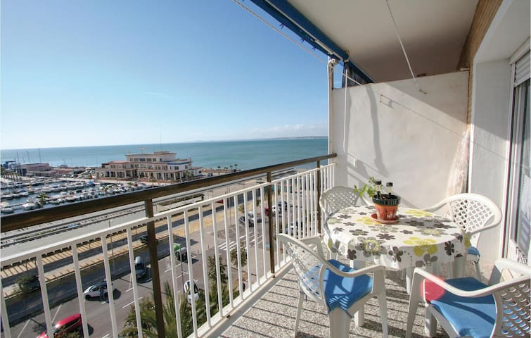 Holiday apartment with 1 bedroom on 26m² in Santa Pola