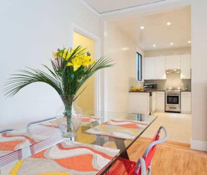Fantastic, bright and open dining and kitchen area with room for entertaining family and friends.