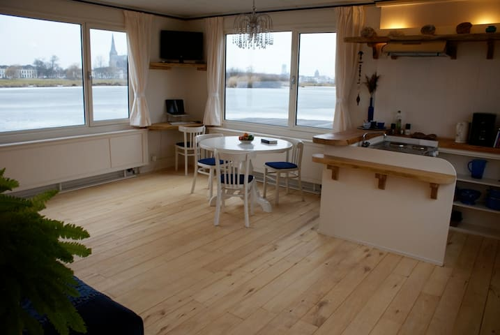 Vacation on the water. - IJsselmuiden - Apartamento