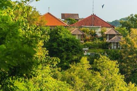 V, Terra INNcognita, Uluwatu, Bali - Stuga
