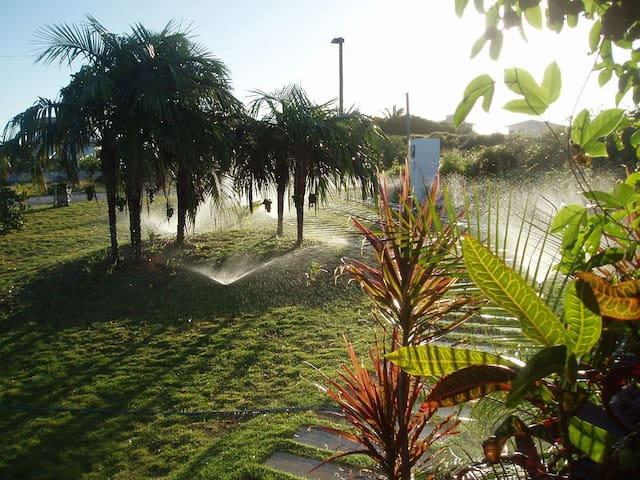 House near the beach, secured condo - Salvador (Lauro de Freitas)