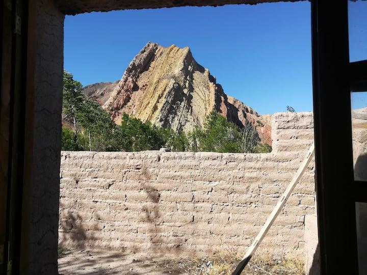 Cerro Amarillo, Cabaña de Juella
