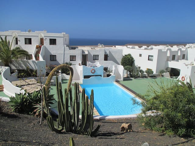 West coast, seaview Apt, with pool - Betancuria - Flat