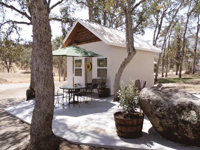 Sweet Mountain Cabin