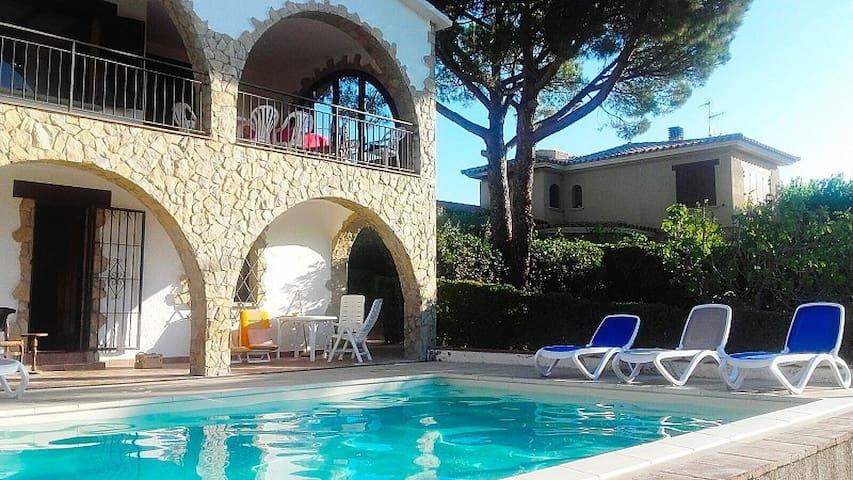 Villa Amistad, 8 pers. zwembad, zeezicht