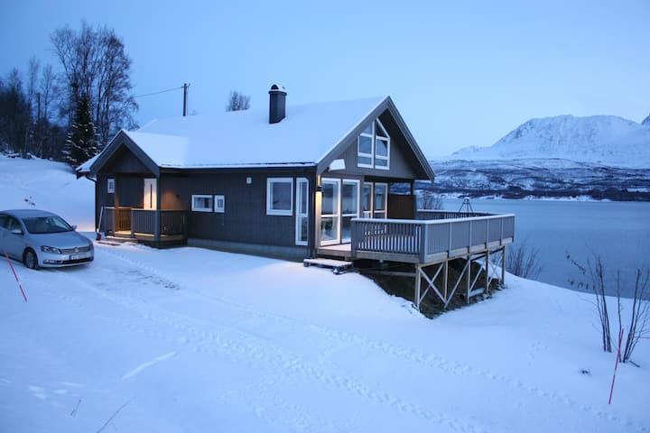 Avslappende hytte i naturskjønne omgivelser