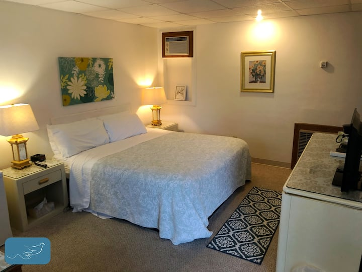Private Rooms for Short or Extended Stays