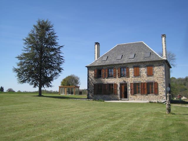 CHAMBRE D'HOTES AVEZE