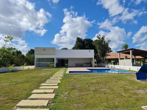 Casa de campo com piscina em Aldeia-PE no KM 18.