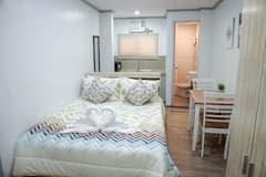 Cozy+Vacation+Studio+Apartment+in+Makati