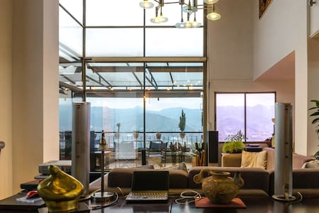 Spectacular penthouse in best area - Medellin