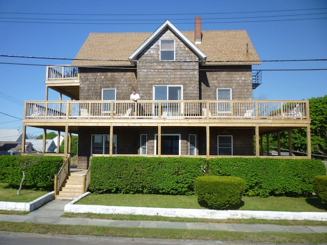 Huge Beach House-100 yards to beach - Point Pleasant Beach - Flat