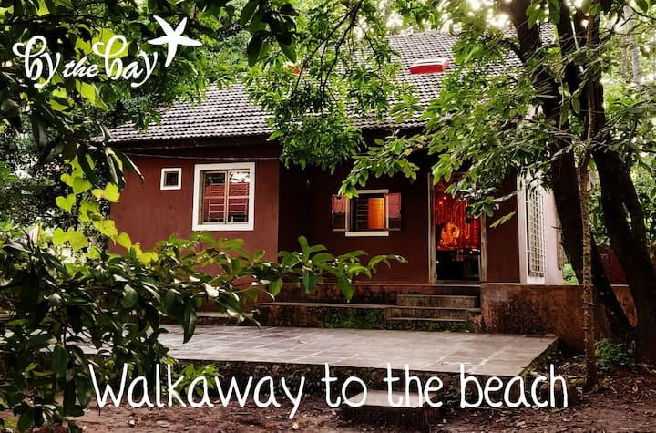 'BY THE BAY'-a beach homestay {2Bed Rm,6/8 guests}