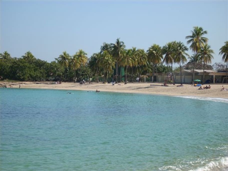 Playa de Bacuranao a solo 300 mts de la Casa