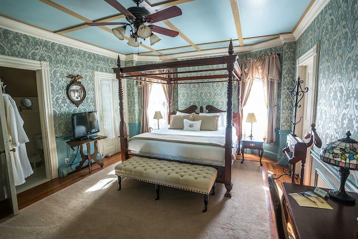 Charles Room