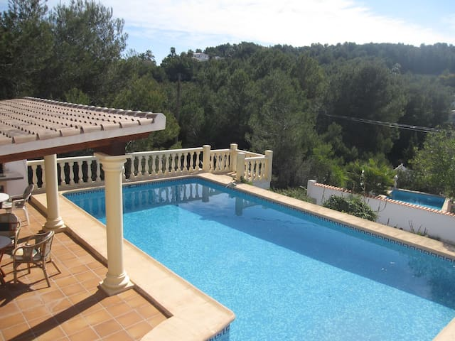 Lovely villa with private pool close to beach - Xàbia - Hus