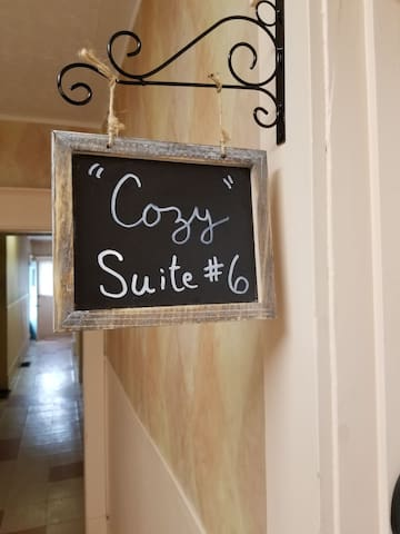 ✔Cozy Downtown Suite 6