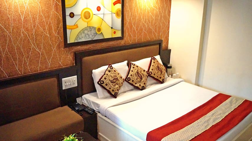 Private Room @ Bhopal