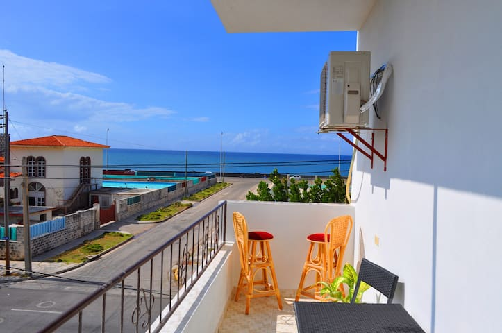 Seaview Modern Apartment - Vedado - Apartment