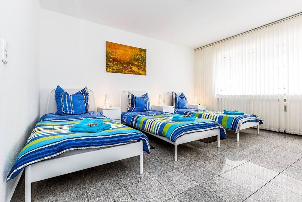 77b apartment in cologne m lheim flats for rent in k ln nordrhein westfalen germany. Black Bedroom Furniture Sets. Home Design Ideas